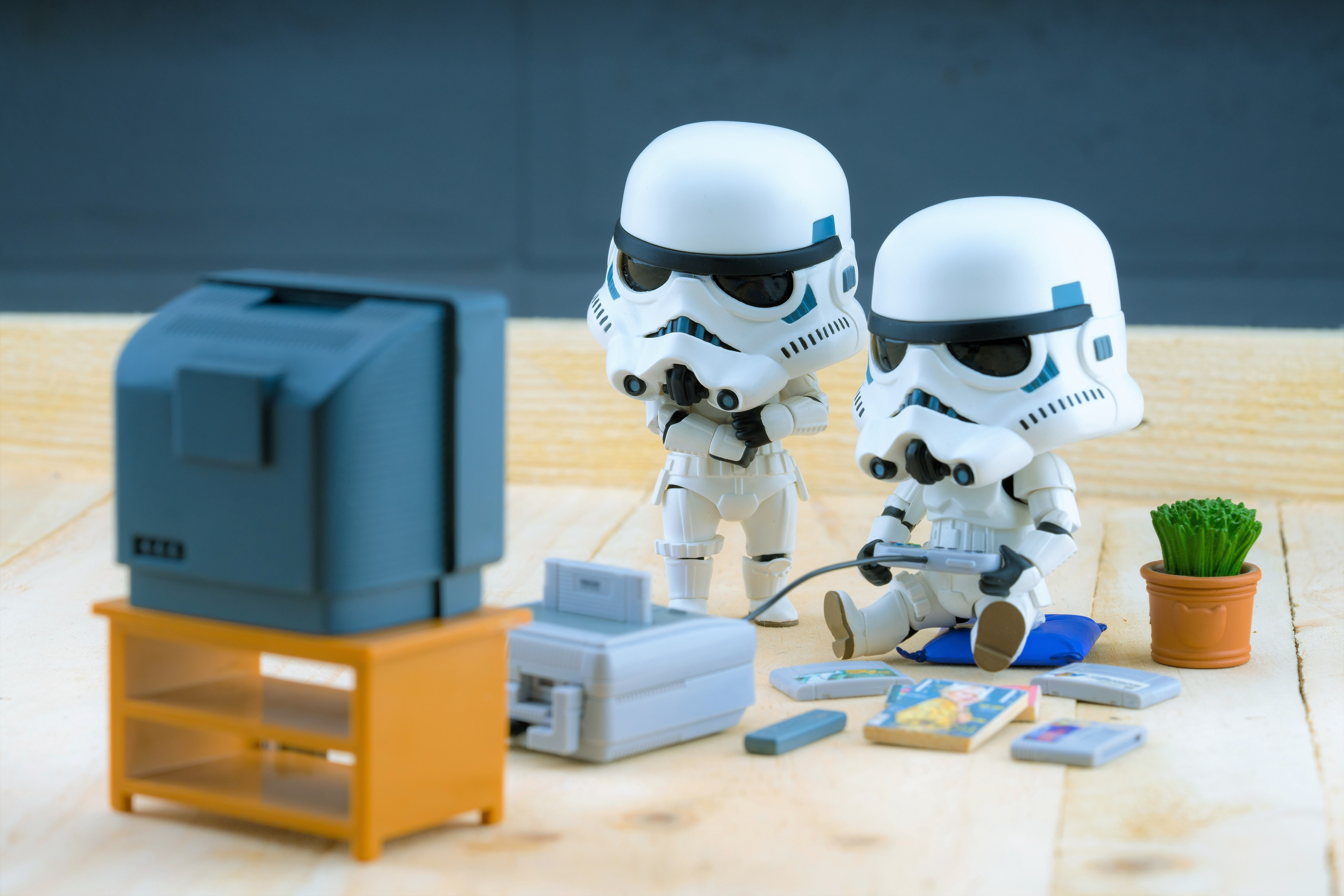 Stormtroopers figure model playing the game, The stormtroopers are soldiers in the Star Wars The Force Awakens