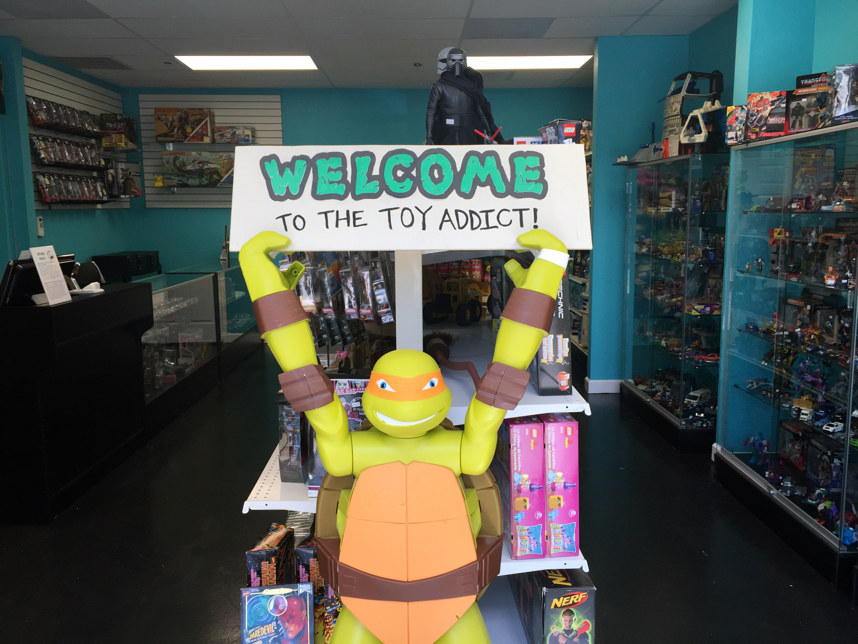 Welcome to the Toy Addict - We buy and sell collectible toys and video games